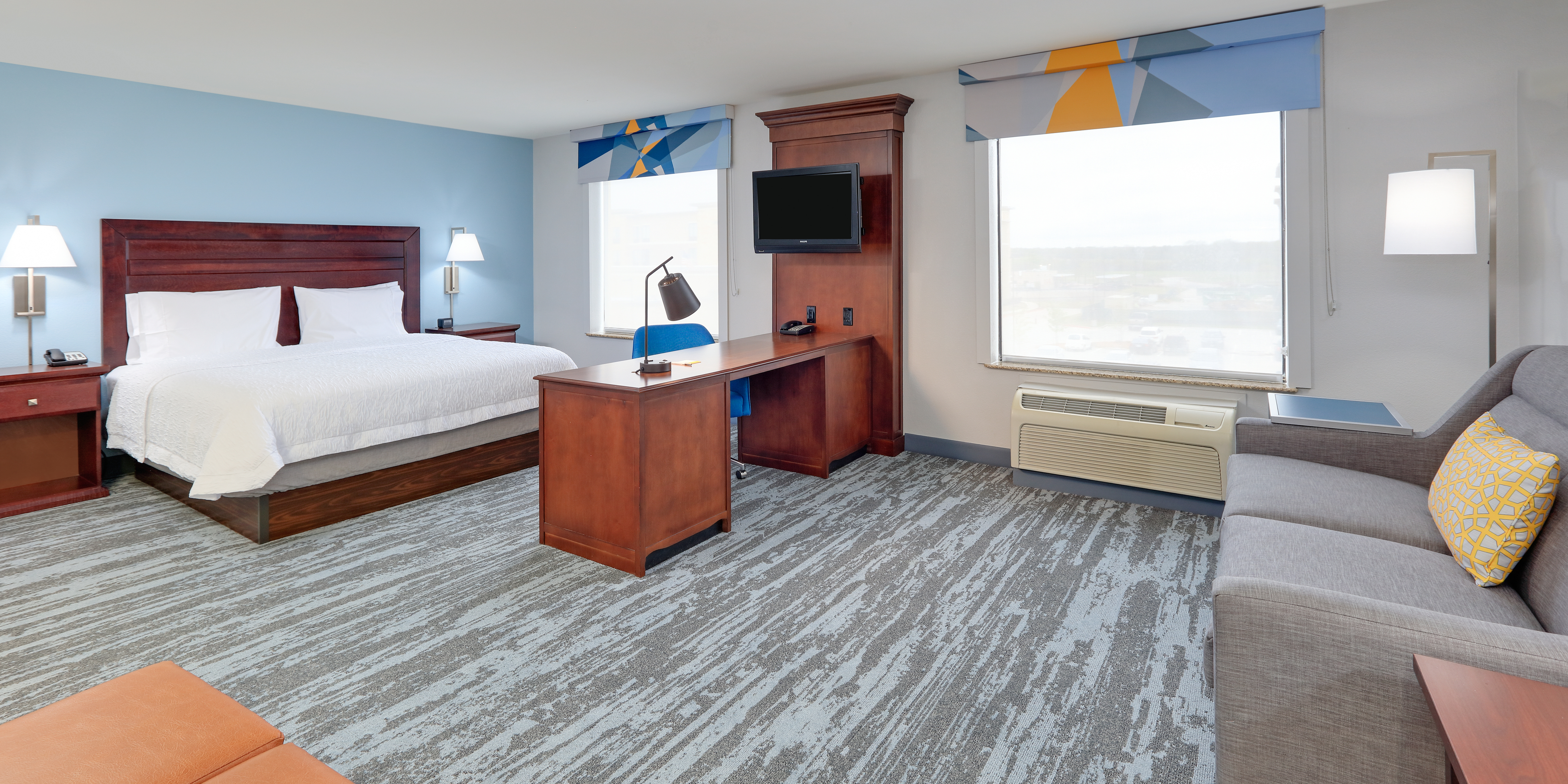 Hampton Inn & Suites Dallas-Arlington South Starts The New Year With Top-To-Bottom Renovation
